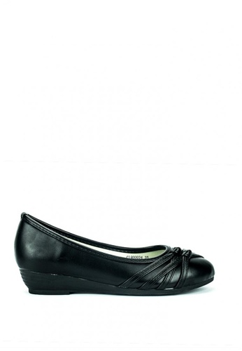 Cardam's Lifestyle black Maddie School Shoes 057B1SHACB4AE7GS_1