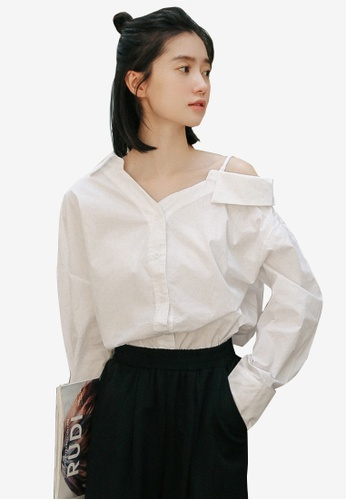 Shopsfashion white Asymmetric Collar Blouse E64EFAAF562CF4GS_1