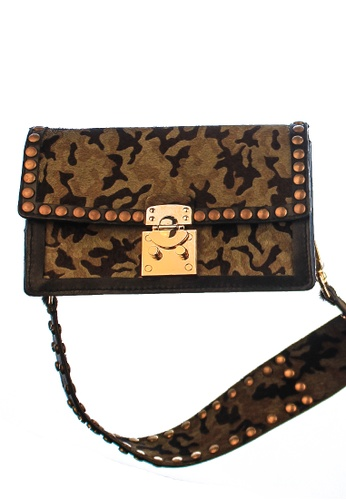 CSHEON green and gold Rockstud Bag in Camouflage Genuine Ponyfur Leather with Strap Handcrafted by CSHEON 5AE5EAC19285ABGS_1