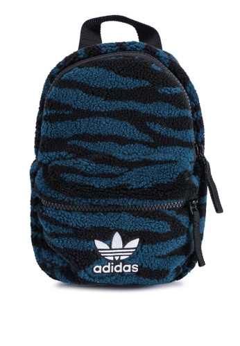 ADIDAS black bp mini EE789ACC4F6BFCGS_1
