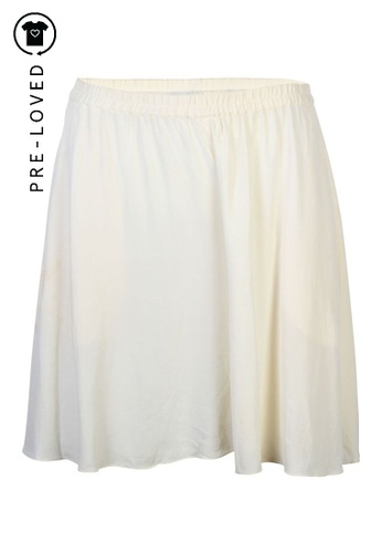 DKNY beige Pre-Loved dkny Ivory Silk Shorts E0E41AA0BEC6E9GS_1