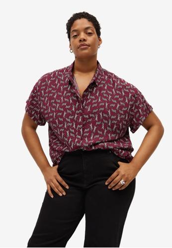 Violeta by MANGO red Plus Size Printed Short-Sleeved Shirt E161EAA4170E31GS_1