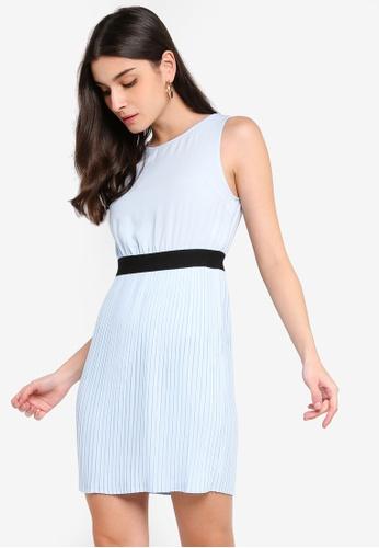 ZALORA 藍色 無袖褶飾短洋裝 6A95CAAD559208GS_1