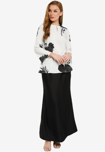Kehati black and white Elsa Kurung C70BBAAAD8431BGS_1