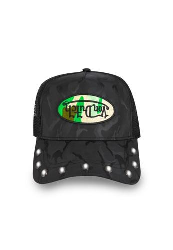 Von Dutch black and green Von Dutch Black & Green Camo Rivet Trucker Cap 195C7ACF2735FDGS_1