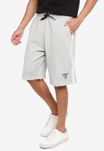 GUESS grey Patch Logo Shorts BDE2AAA663DD6FGS_1