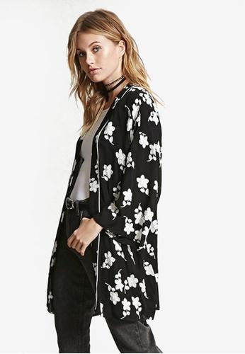 b71cb844430 Contemporary Embroidered Kimono