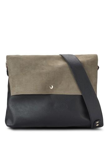 撞色麂皮拼接斜背包、 包、 包DorothyPerkins撞色麂皮拼接斜背包最新折價