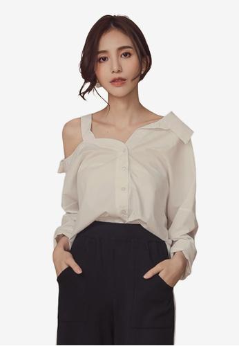 Kodz white One Side Open Shoulder Long Sleeve Shirt B12EBAA52F6F48GS_1