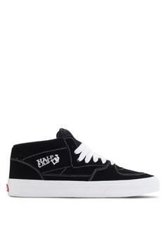 hot sale online 3af23 3be34 VANS black Core Classic Half Cab Sneakers 15F8FSHCC25176GS 1