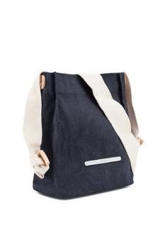 ede91260d 43% OFF Rawrow Cross Shoulder 711 Wax Canvas Bag HK$ 409.00 NOW HK$ 232.90  Sizes One Size