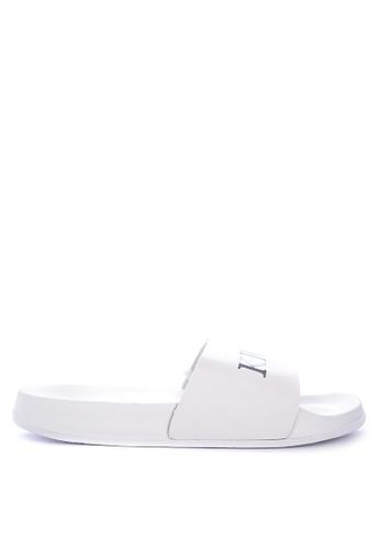 Penshoppe white Rubber Sliders D71B9SH92537C6GS_1