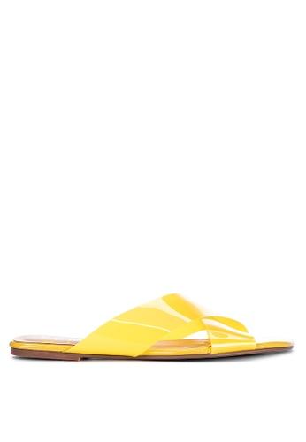 Sofab! yellow Akira Cross-strap PVC Flat Slides D0552SH74F724AGS_1