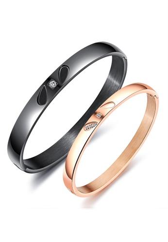 Trendyshop black and gold Engraved Couple Bangle Set DFE6FAC715EE88GS_1