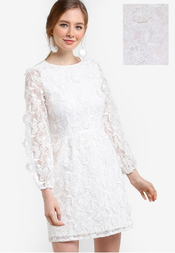 Miss Selfridge white Premium 3D Floral Organza Dress MI665AA04YBZMY_1