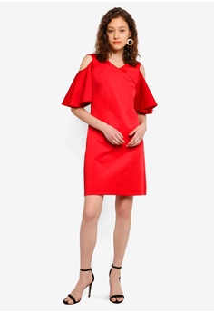 e37af1ce12b 39% OFF CLOSET Open Shoulder V-Neck Tunic Dress S  114.90 NOW S  69.90  Sizes 8 10 12 14 16