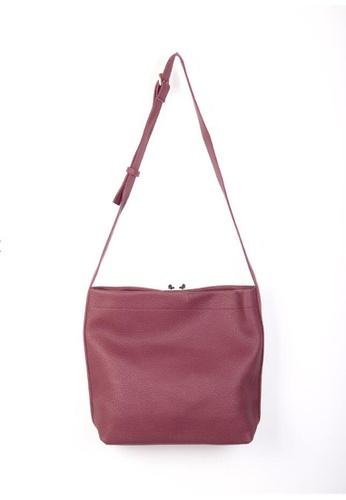 8768cdbe6132 Sunnydaysweety red Big Sale Item - Temperament New Metal Buckle Simple  Women  S Handbags RA10133WN