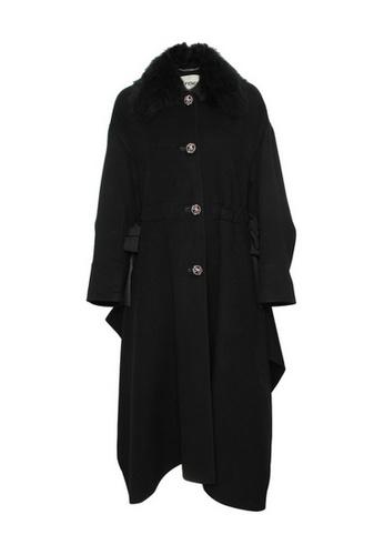 Fendi black Fendi Oversized black rabbit fur Coat in Black 5AE92AAABC670EGS_1