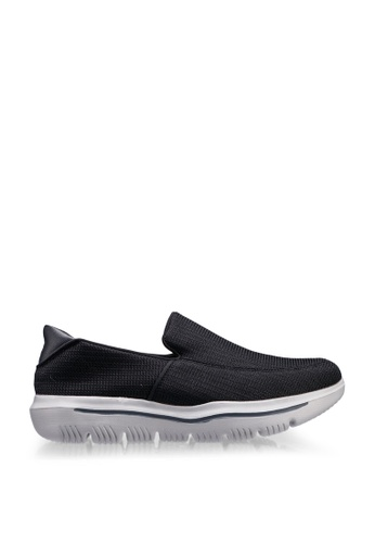 UniqTee black Lightweight Slip-On Sport Sneakers 59508SH637AF7AGS_1