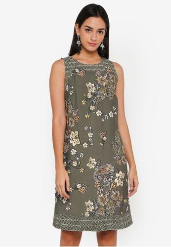 Wallis green Khaki Printed Shift Dress 82111AAA0FA33FGS_1