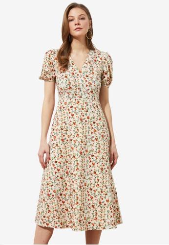 Trendyol white V-Neck Dress 1F1AEAA2A0E409GS_1