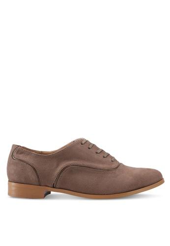 ZALORA brown Minimalist Classic Oxfords 53105SHB7EB4F7GS_1