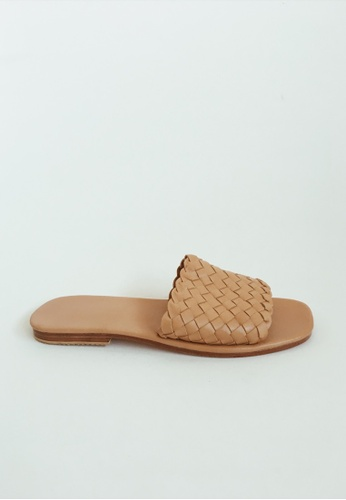 4c981de2b73b8 ASHLEY SUMMER CO brown Handmade Woven Leather Sandals Slip Ons - Light Tan  Brown B6573SHB9A659DGS 1