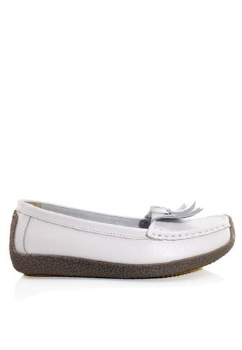 Twenty Eight Shoes 白色 舒適流蘇真皮休閒鞋 VC1571 4AD9FSH108AEE2GS_1