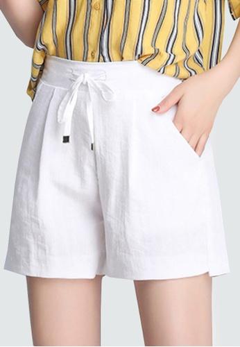 Twenty Eight Shoes white VANSA Ice Silk Cotton Linen Shorts Pant VCW-PYMSS AD9D0AAC2F8B42GS_1