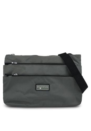 Bagstationz green Contrast Zip Nylon Sling Bag D272DAC480E7EAGS_1