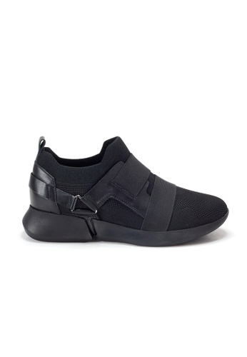 Shu Talk black Amaztep Sporty Knitted Comfortable Sneakers 8E016SH74130BEGS_1
