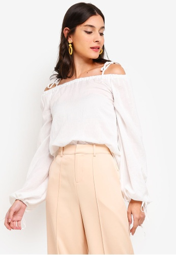 ZALORA white Off Shoulder Puffed Sleeves Top 27077AA44A7869GS_1