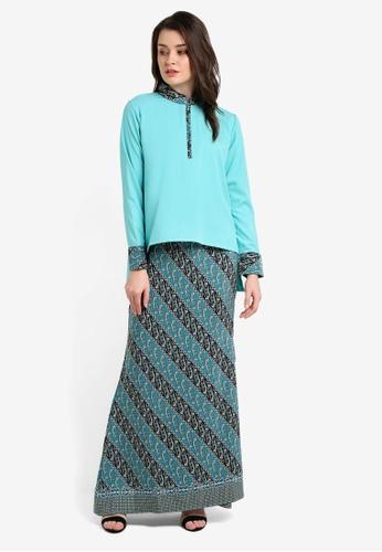 FLEURÉ blue Ethereal Kurung Batik FL667AA0RHV3MY_1