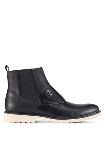 ZALORA black Faux Leather Chelsea Boots With Zip E5A2ASH922ECF0GS_1