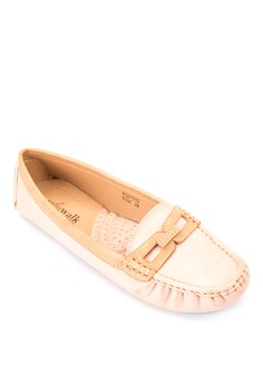 Nesh Loafers
