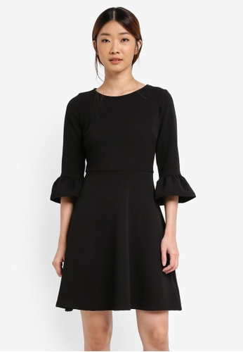 Dorothy Perkins black Petite Flute Sleeve Dress DO816AA0T05CMY_1