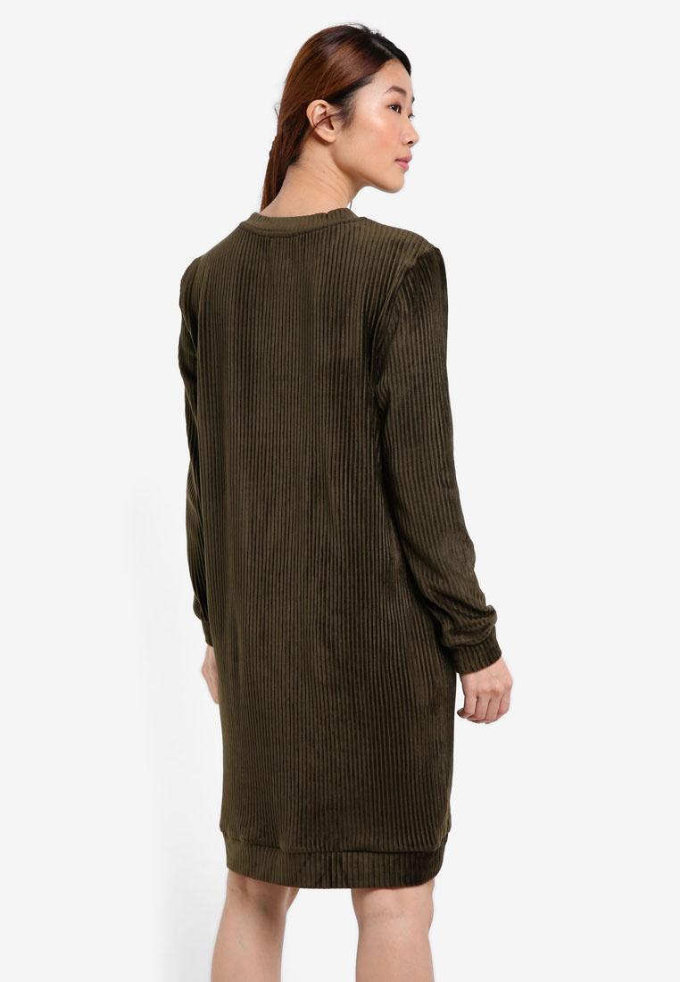 Hem Dip Forest Borrowed Sweater Green Dress Something vgdCRqw