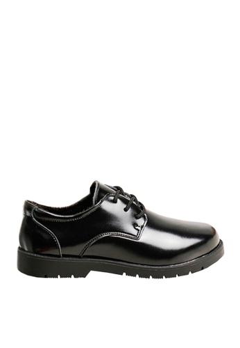 Twenty Eight Shoes 黑色 VANSA 真皮學生鞋   VSK-D60715 C41E7KS540946AGS_1