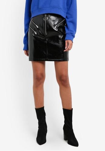 TOPSHOP black Vinyl Zip Pelmet Skirt TO412AA0RSN1MY_1