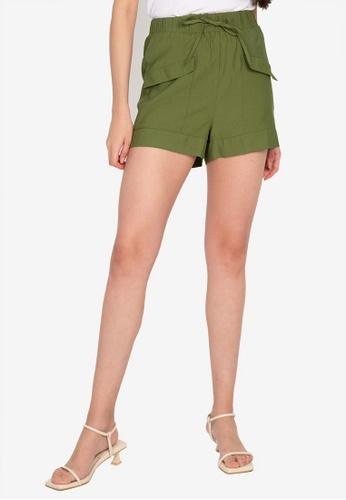 ZALORA BASICS green Cargo Soft Shorts 4A9C3AAC1AB4F4GS_1