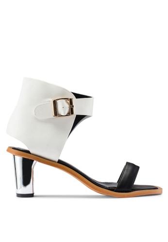 Berrybenka 白色 素色金屬扣高跟鞋 15043SHF0C6F16GS_1