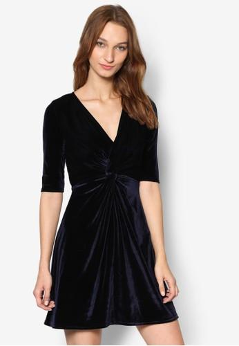 前扭結天鵝絨傘狀洋裝zalora 包包評價, 服飾, 服飾