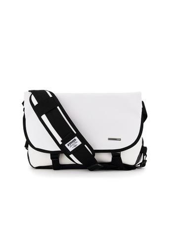 Peeps white Essential Messenger Bag 017C3ACFA8F4EFGS_1