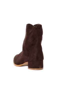 58% OFF S&H Morris Boots Php 1,899.75 NOW Php 799.00 Available in several sizes