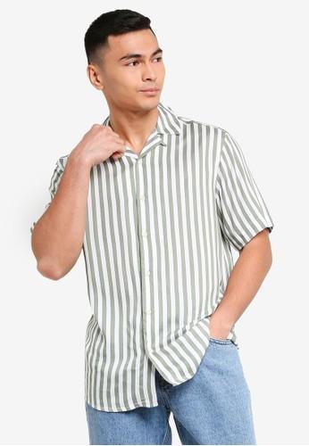 Only & Sons green Wayne Short Sleeve Viscose Shirt 04E62AA8B89588GS_1