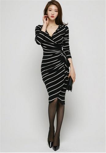 267eeeb5c4 Crystal Korea Fashion black and white Temperament Slim V Neck Striped Dress  CR681AA2V1M0HK 1
