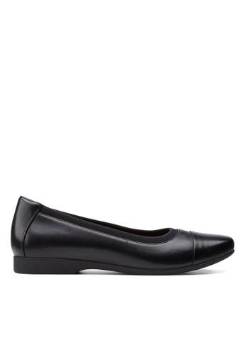 Clarks CLARKS Un Darcey Cap2 Black Leather Womens Dress Shoes D1E75SHC7DB080GS_1