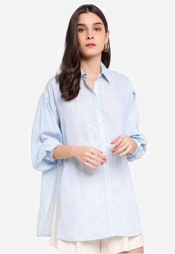 ZALORA 白色 and 藍色 Balloon Sleeves Tunic Shirt 65E2CAA4C18D58GS_1