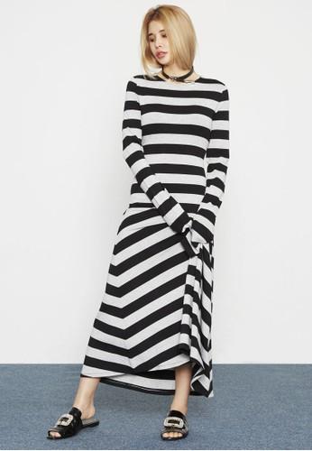 條紋長袖寬擺連身長裙、 服飾、 洋裝Highfur條紋長袖寬擺連身長裙最新折價