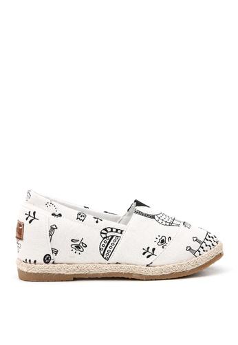 KissXXX 米褐色 逗趣小貓圖樣美腿效果5CM內增高帆布休閒鞋 KI603SH09OFFTW_1